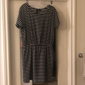 Black and white stripe dress with pockets.